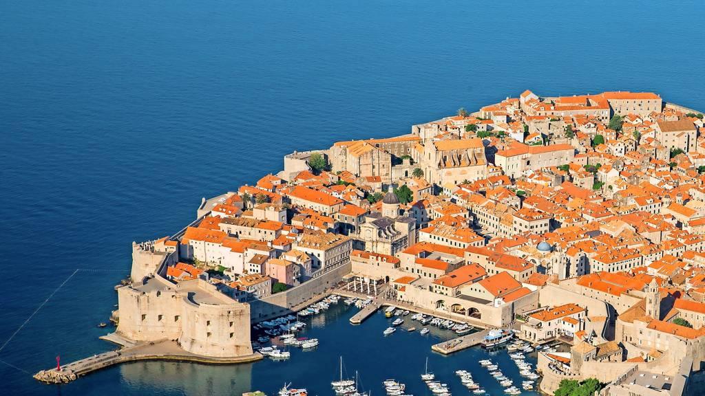 Image Neue RKI-Liste: Kroatien und Bulgarien sind Hochrisikogebiete – verschärfte Reiseregeln - RND