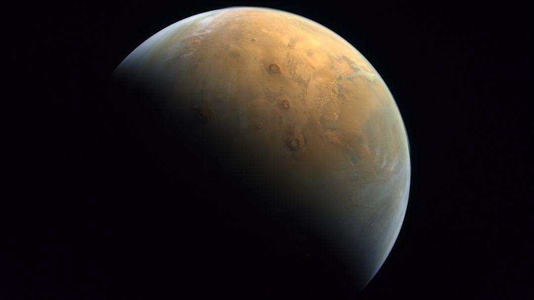 """""""Amal"""": Emiratische Raumsonde schickt erstes Foto vom Mars - RND"""