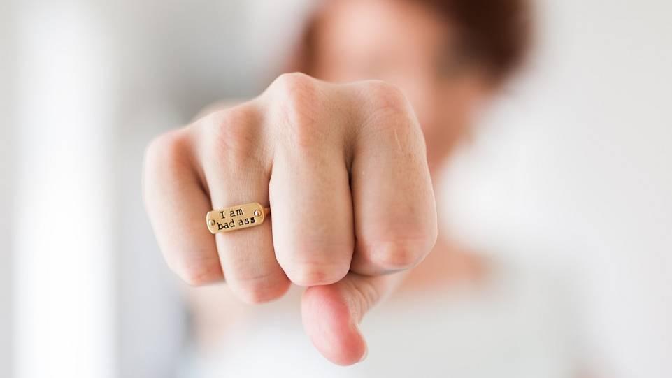 Was bedeutet ring am daumen