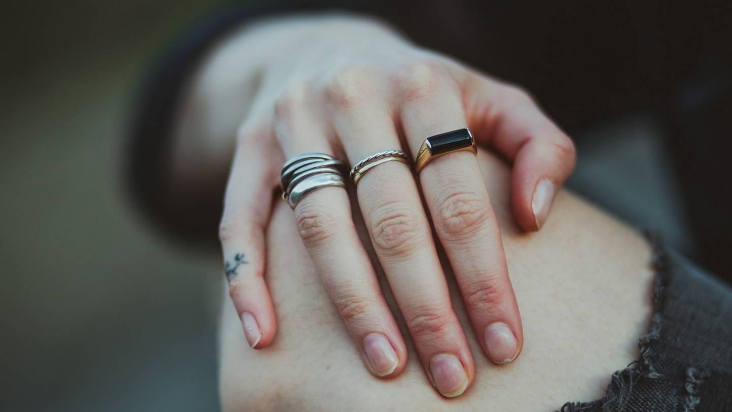 Bedeutet was ring welchem an finger Ringgröße ermitteln,