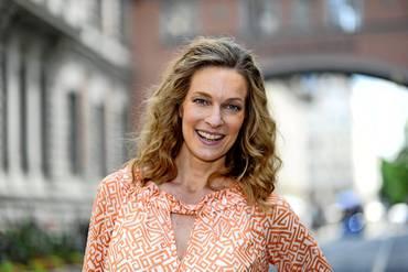 Deutsche schauspielerin kurze dunkle haare