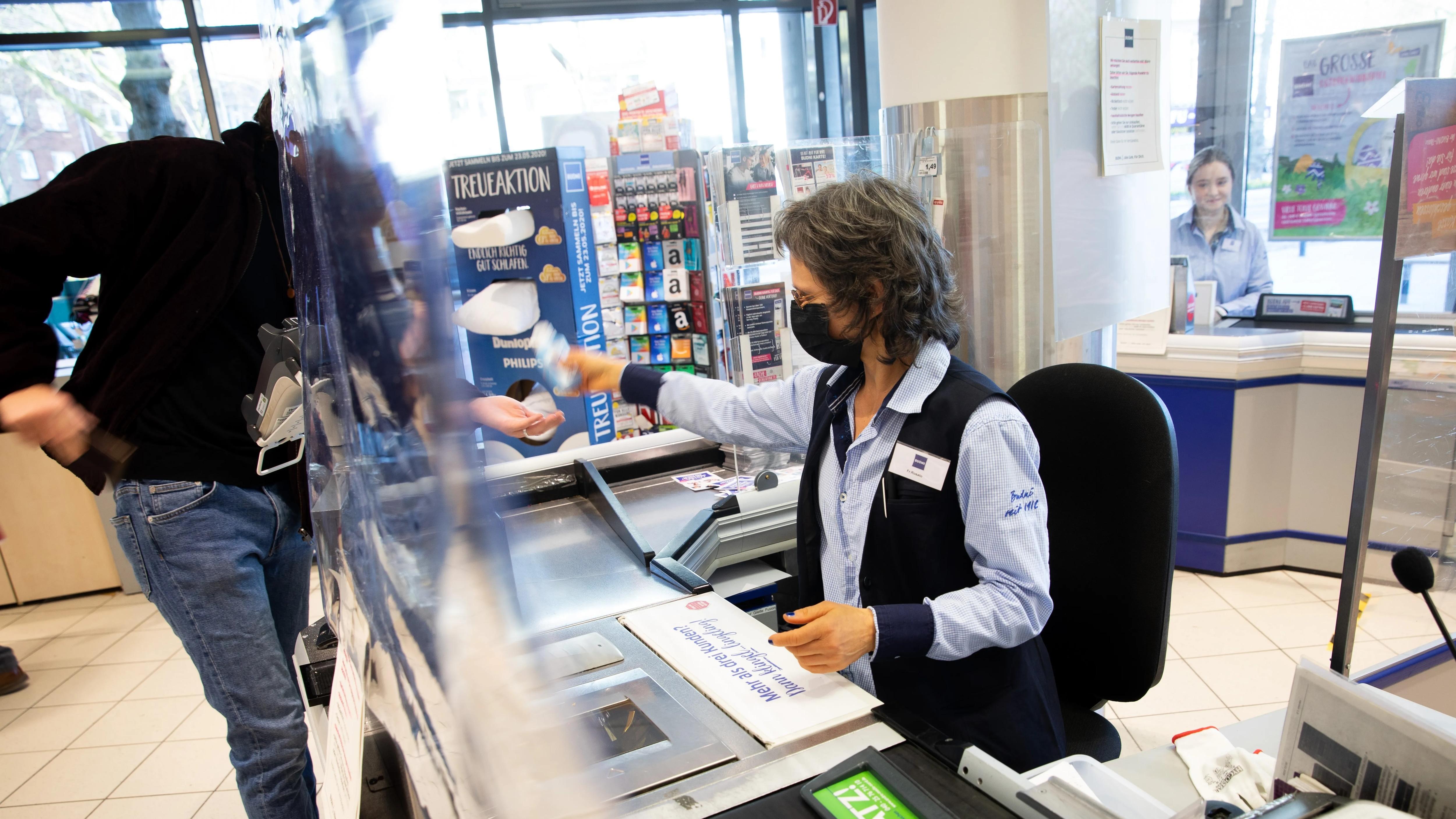 Einzelhandel: Anteil der Beschäftigten mit Tarifvertrag laut Bericht stark gesunken
