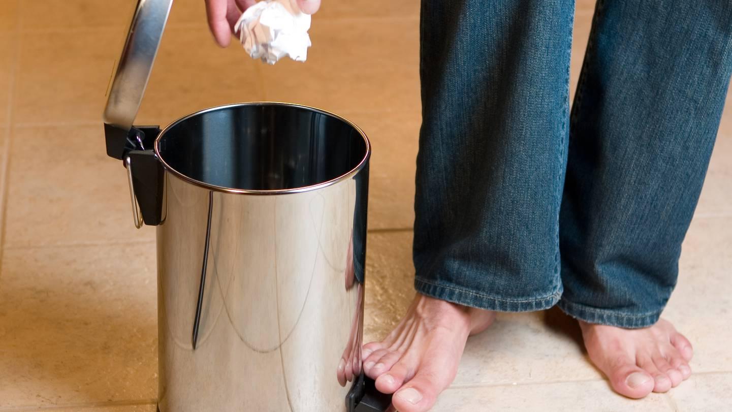 Deo, Shampoo, Putzmittel So gelingt die Mülltrennung im Badezimmer