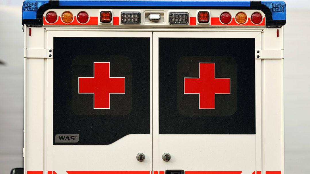 Akku-von-Gartenger-t-explodiert-in-Wohnhaus-vier-Verletzte